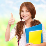 Ευτυχής μαθήτρια υπαίθρια Στοκ Εικόνες
