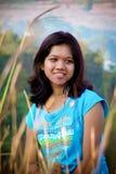Ευτυχής νέα ινδική γυναίκα Στοκ Φωτογραφία