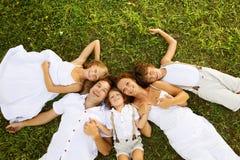 Ευτυχής οικογένεια στοκ εικόνα