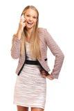 Ευτυχής προϊστάμενος με το τηλέφωνο που απομονώνεται στο λευκό Στοκ Εικόνες