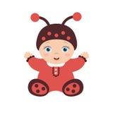 Ευτυχής συνεδρίαση μωρών ladybug στο κοστούμι Στοκ εικόνα με δικαίωμα ελεύθερης χρήσης