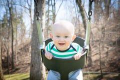 Ευτυχής ταλάντευση μωρών Στοκ Εικόνες