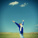 ευτυχής υπαίθριος έφηβο Στοκ φωτογραφία με δικαίωμα ελεύθερης χρήσης