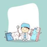 Ευτυχής φίλος δοντιών με τον οδοντίατρο ελεύθερη απεικόνιση δικαιώματος