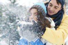 ευτυχής χειμώνας ζευγών Στοκ Εικόνες