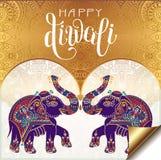 Ευτυχής χρυσή ευχετήρια κάρτα Diwali με γραπτή τη χέρι επιγραφή
