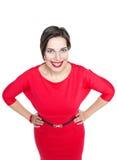 Ευτυχής όμορφος συν τη γυναίκα μεγέθους στο κόκκινο φόρεμα Στοκ φωτογραφία με δικαίωμα ελεύθερης χρήσης