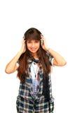ευτυχή ακουστικά κοριτσιών στοκ φωτογραφία με δικαίωμα ελεύθερης χρήσης