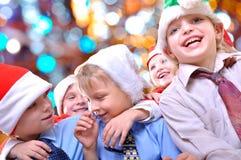 Ευτυχή κατσίκια Χριστουγέννων Στοκ φωτογραφία με δικαίωμα ελεύθερης χρήσης