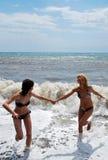 Ευτυχή κορίτσια Στοκ φωτογραφία με δικαίωμα ελεύθερης χρήσης