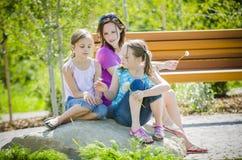 Ευτυχή κορίτσια Στοκ Εικόνες