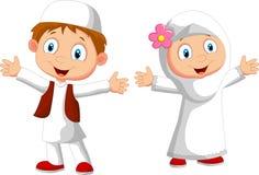 Ευτυχή μουσουλμανικά κινούμενα σχέδια παιδιών διανυσματική απεικόνιση
