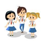 Ευτυχή παιδιά στην μπλε σχολική στολή ύψους, μελέτη των χαριτωμένων παιδιών στο κολλέγιο μαζί, το σπουδαστή κοριτσιών και αγοριών ελεύθερη απεικόνιση δικαιώματος