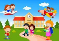 Ευτυχή παιδιά σχολείου κινούμενων σχεδίων Στοκ φωτογραφία με δικαίωμα ελεύθερης χρήσης