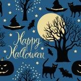 Ευτυχείς αποκριές, κολοκύθες, ρόπαλα και γάτες. Μαύρο TR Στοκ φωτογραφία με δικαίωμα ελεύθερης χρήσης
