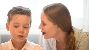 Ευτυχείς βαλεντίνοι ή ημέρα μητέρων απόθεμα βίντεο