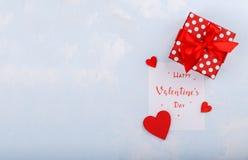 ευτυχείς καρδιές ημέρας καρτών που αγαπούν το βαλεντίνο του s δύο Στοκ Εικόνες