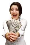 ευτυχείς νεολαίες γυναικών χρημάτων εκμετάλλευσης στοκ φωτογραφία με δικαίωμα ελεύθερης χρήσης