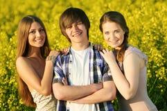 ευτυχείς νεολαίες ζε&up στοκ εικόνα με δικαίωμα ελεύθερης χρήσης
