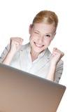 ευτυχείς νεολαίες lap-top επιχειρηματιών στοκ εικόνα με δικαίωμα ελεύθερης χρήσης