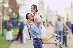 ευτυχείς νεολαίες ζευγών Στοκ Φωτογραφία