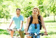 ευτυχείς οδηγώντας νε&omicro στοκ εικόνες με δικαίωμα ελεύθερης χρήσης