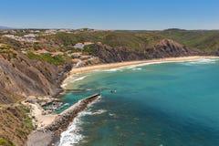 Ευχάριστη παραλία Arrifana, για το σερφ στην Πορτογαλία Στοκ εικόνες με δικαίωμα ελεύθερης χρήσης