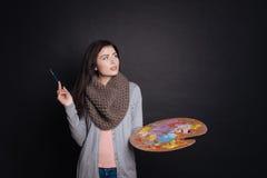 Ευχάριστη στοχαστική παλέτα χρώματος εκμετάλλευσης γυναικών Στοκ Φωτογραφία