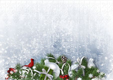 Ευχετήρια κάρτα με τις σφαίρες Χριστουγέννων και fir-tree στη Λευκή Βίβλο Στοκ Εικόνα