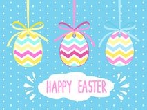 Ευχετήρια κάρτα με το Πάσχα Ευχετήρια κάρτα Πάσχας προτύπων χρωματισμένο ανασκόπηση Πάσχας αυγών eps8 διάνυσμα τουλιπών μορφής κό Στοκ Εικόνα