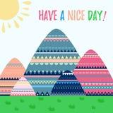 Ευχετήρια κάρτα προτύπων, απεικόνιση κινούμενων σχεδίων doodle Έχετε μια συμπαθητική ημέρα Καλό αστείο τοπίο βουνών κινούμενων σχ Στοκ εικόνα με δικαίωμα ελεύθερης χρήσης