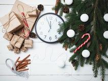 Ευχετήρια κάρτα σύνθεσης Χριστουγέννων για νέο να προετοιμαστεί έτους για το χ Στοκ Φωτογραφίες