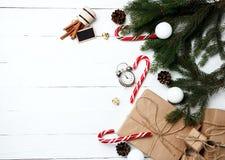 Ευχετήρια κάρτα σύνθεσης Χριστουγέννων για νέο να προετοιμαστεί έτους για το χ Στοκ φωτογραφία με δικαίωμα ελεύθερης χρήσης