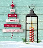 Ευχετήρια κάρτα Χριστουγέννων με το αφηρημένα δέντρο και το φανάρι στοκ φωτογραφίες