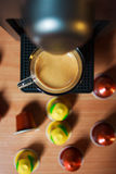 Ευώδες coffe πρωινού με τη μηχανή coffe Η τοπ όψη Στοκ εικόνα με δικαίωμα ελεύθερης χρήσης