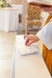 Ευλογία των γαμήλιων δαχτυλιδιών Στοκ Εικόνες