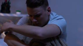Εφήβων στο smartphone, ρίχνοντας το μακριά, cyberbullying πρόβλημα απόθεμα βίντεο