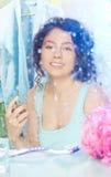 'Εφαρμογή' του αρώματος Στοκ φωτογραφία με δικαίωμα ελεύθερης χρήσης
