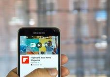 Εφαρμογή Flipboard σε ένα τηλέφωνο κυττάρων Στοκ εικόνες με δικαίωμα ελεύθερης χρήσης