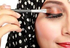 'Εφαρμογή' mascara της γυναίκας Στοκ Εικόνα