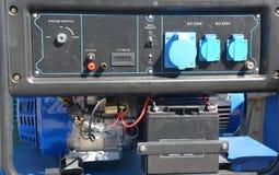 Εφεδρική γεννήτρια - υπαίθριος εξοπλισμός δύναμης Φορητός πίνακας ελέγχου γεννητριών γεννητριών εφεδρικός στοκ φωτογραφία με δικαίωμα ελεύθερης χρήσης