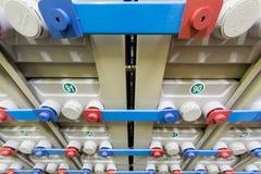 Εφεδρικό ηλεκτρικό σύστημα που αποτελείται από πολλές μπαταρίες στοκ εικόνα με δικαίωμα ελεύθερης χρήσης