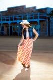 Εφηβικό Cowgirl Curtsy Στοκ φωτογραφία με δικαίωμα ελεύθερης χρήσης