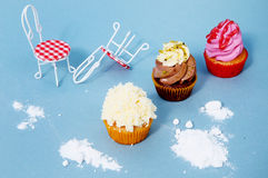 Εύγευστα ζωηρόχρωμα cupcakes Στοκ φωτογραφίες με δικαίωμα ελεύθερης χρήσης