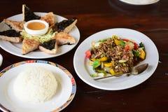 εύγευστα τρόφιμα Ταϊλανδό& στοκ φωτογραφία με δικαίωμα ελεύθερης χρήσης