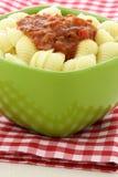 εύγευστα φρέσκα κοχύλια σάλτσας ζυμαρικών marinara Στοκ Εικόνες