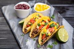 εύγευστα tacos Στοκ εικόνες με δικαίωμα ελεύθερης χρήσης