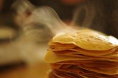 Εύγευστες καπνώείς τηγανίτες Στοκ εικόνα με δικαίωμα ελεύθερης χρήσης