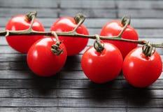 Εύγευστες μίνι ντομάτες Στοκ φωτογραφία με δικαίωμα ελεύθερης χρήσης