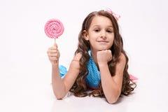 Εύγευστη γλυκύτητα ballerina λίγα Πολύχρωμα lollipops Στοκ Φωτογραφίες